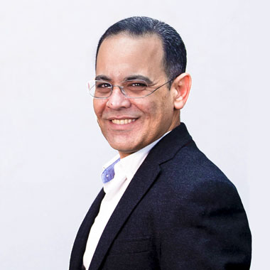 Raef Helmy
